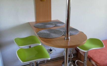 Pekný 2 izbový byt, 58 m2, čiastočná rekonštrukcia, Bratislava- Rača