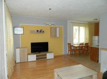 Predáme 3-izb. byt v super lokalite v Seredi