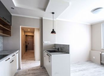 2,5 izbový byt v Dúbravke