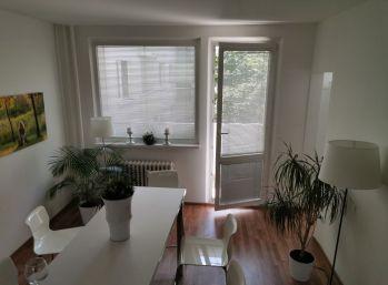 Priestranný 4 izbový byt