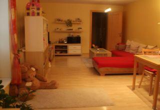 2 izbový byt zariadený byt na Nivách s parkovaním.
