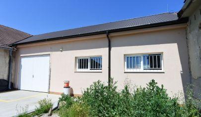 APEX reality - výrobno-skladová hala po kompletnej rekonštrukcii, 242 m2, Mierová ul., HC
