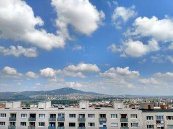 ÚTULNÝ 2.izbový byt Dunajská ( 10-112-LUZ )