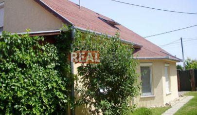 REZERVOVANÉ - Nové Zámky /Tvrdošovce / -  Rodinný dom / chalupa / po celkovej rekonštrukcii na predaj
