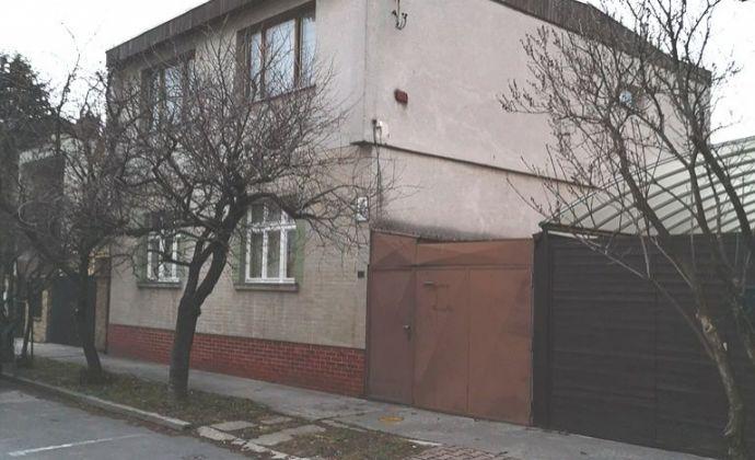Dvojpodlažný 5izb.rodinný dom v pôvodnom stave ( vhodný na rekonštrukciu) BA II - Ružinov časť Prievoz