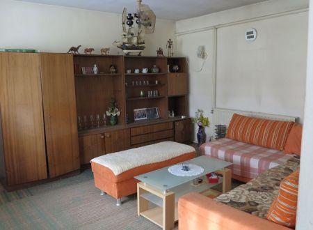 Rodinný dom - chalúpka v obci Veľké Držkovce, pozemok 503 m2