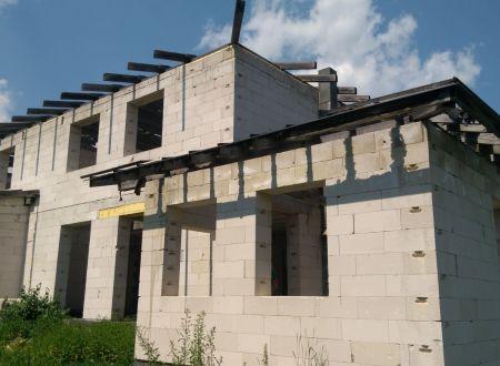Predaj rozostavaného rodinného domu v Sobotišti