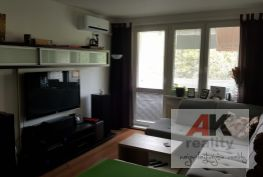 Predaj 3 izbový byt Bratislava-Vrakuňa, Vážska ulica