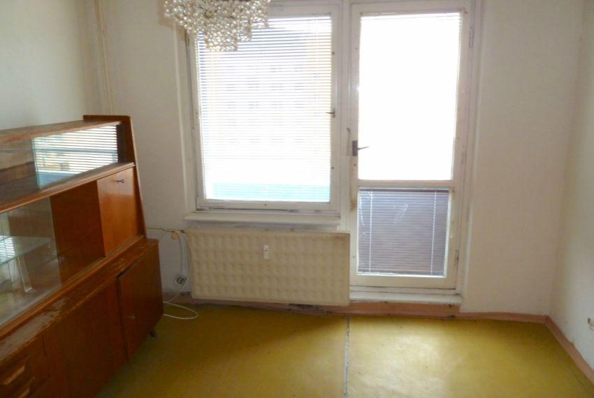 Predaj 1 izbový byt Cinobaňa-1