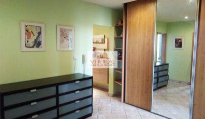 Na predaj 3-izbový byt s loggiou začiatok Petržalky