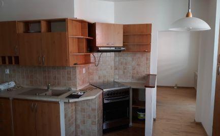 4izbový byt s balkónom sídlisko Juh