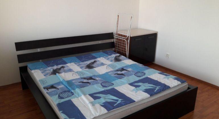 Prenájom 3 izbový byt Bratislava-Petržalka, Rovniankova ulica