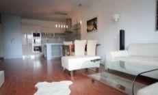 Nadštandardný 3 izb. byt v novostavbe s výhľadom na Dunaj, kompletne vybavený, terasa a gáráž. státie - Karloveské rameno