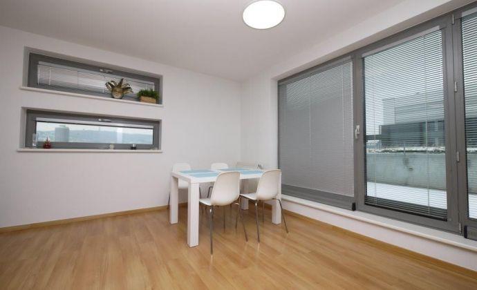 3-izb. zariadený byt v novostavbe Platan s parkingom - Bajkalská ulica pri Poluse