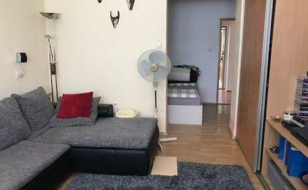 3 izb. byt, Nám. Biely kríž, 83 m2, balkón, tehla