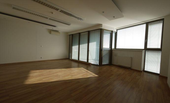 Kancelárske priestory 191,50 m2 + balkóny 15,76 m2 vo Vienna Gate, 9.posch., možnosť parkovania
