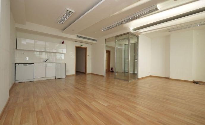 Kancelárske priestory / apartmán (A206) - 114,60 m2 + balkón 9,19 m2 vo Vienna Gate, 9.posch., možnosť parkovania
