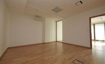 5-izbový apartmán o výmere 191,50 m2 + balkóny 15,76 m2 vo Vienna Gate, 9.posch., možnosť parkovania