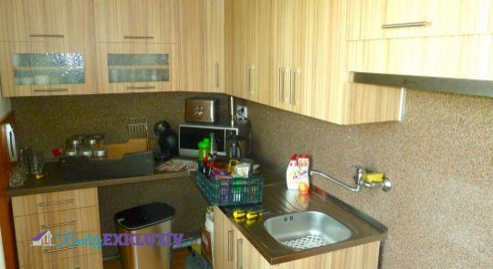 Predaj 3 izbový byt Cinobaňa