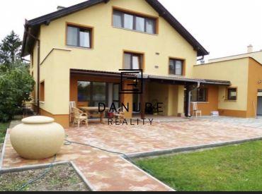 Predaj 3 generačný rodinný dom Miloslavov