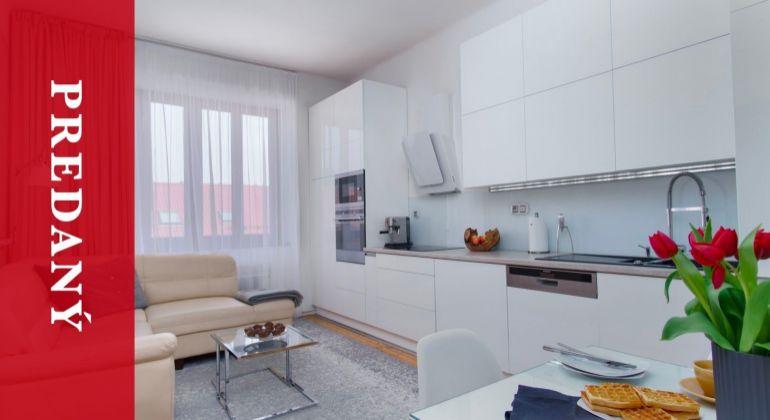 REZERVOVANÉ: Predaj krásneho dizajnového 2i bytu v širšom centre | Žilina | 68 m2| zariadený