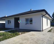 REZERVOVNÉ - DIAMOND HOME s.r.o. Vám ponúka na predaj kvalitne postavené a kompletne dokončené 4 izbové rodinné domy v obci Michal na Ostrove, časť Kolónia.