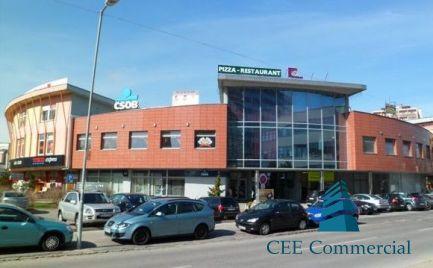 Obchodný priestor v nákupnom centre, 156 m2