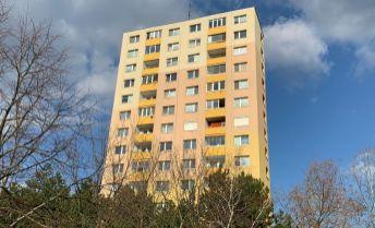 3 izbový byt, čiastočná rekonštrukcia, rekonštruovaný bytový dom, kúpou voľný