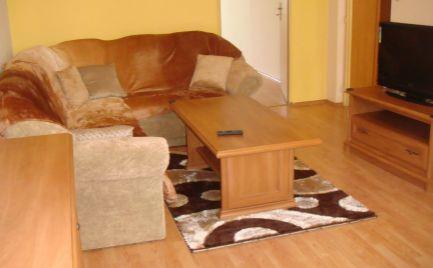 Dlhodobý prenájom   2 izbový byt s balkónom, 64 m2, B. Bystrica – Radvaň cena 480 €/ mesiac