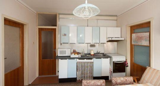 GA, štvrť SNP: Predaj 3izb bytu 72 m2 OV 2/12p. balkón, pivnica_pôvodný stav