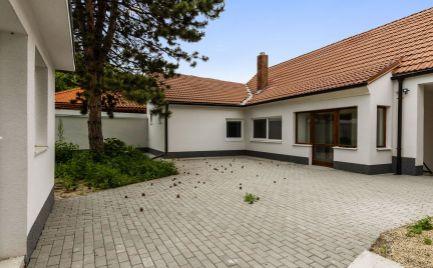 REZERVOVANÝ DOM-REALÍT Ponúka 3 izbový rodinný dom v Devínskej Novej Vsi