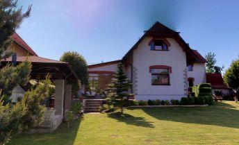 Ponúkame výnimočné bývanie v rekonštruovanom rodinnom dome s budovou starého mlyna