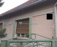 DIAMOND HOME s.r.o  Vám ponúka na predaj rodinný dom v obci Baloň.