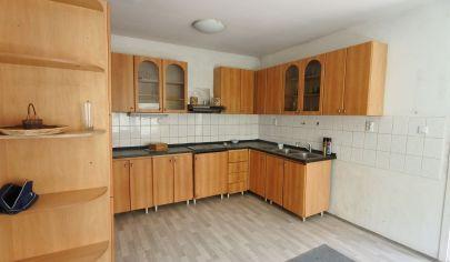 APEX reality - investičná nehnuteľnosť - 4x byt v rodinnom dome, ul. Ľ. Zúbka, 445 m2