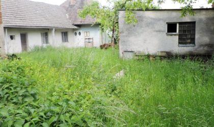 Stavebný pozemok 1000m2 Trenčianske Mitice na predaj