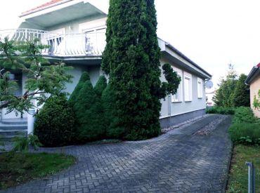 Luxusný 1-poschodový rodinný dom v Kráľovej nad Váhom, okres Šaľa