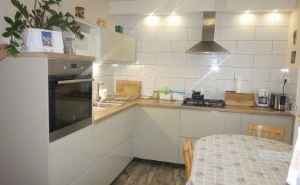 Pekný 3 a 1/2 izbový byt 75 m2 v Trenčianskych Stankovciach