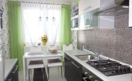 Krásny, zariadený 4-izbový byt 83 m2 na J. Hollého ul. v Trenčíne