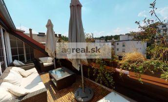 Veľkometrážny 6-izbový byt v centre, mezonet s terasou, pri hlavnej stanici Bratislava