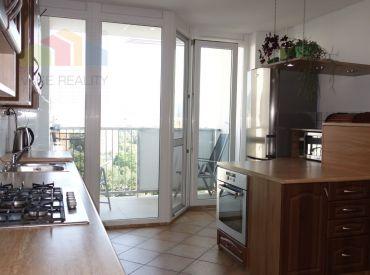 REZERVOVANE 3D prehliadka - 3 izbový byt s lódžiou, Trenčín, Halalovka, 68 m2