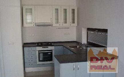 D+V real ponúka na prenájom: 8 izbový rodinný dom, Bellova ulica, Koliba, Bratislava III, novostavba, nádherný výhľad, parkovanie pre 4 autá, možnosť využiť ako dvojgeneračný - dve bytové jednotky