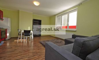 2-izbový byt Jaseňová ulica, v tichom prostredí pri Horskom parku, Staré Mesto, po rekonštrukcii