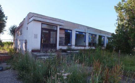 Sklad, výrobná hala v obci Čalovec časť Violín