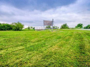 Pozemok, 523 m2 – Horná Potôň – rovinatý pozemok na komerčné využitie, vynikajúca PODNIKATEĽSKÁ PRÍLEŽITOSŤ.