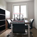 Klimatizované, zariadené kancelárie, 55 m2, s pekným výhľadom