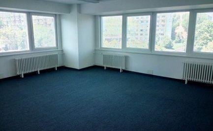Prenájom kancelárskych priestorov už od 15 m2 až po prenájom celého poschodia v Ružinove.