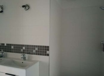 Ponúkame Vám na predaj 3 izbový byt Bratislava-Ružinov,  Trnavská cesta.