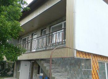 REZERVOVANÝ Predáme veľký priestranný dom na podnikanie v Seredi