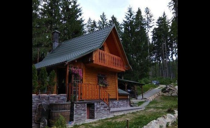 Zrekonštruovaná rekreačná chata - Karvaša a Bláhovca so zariadením