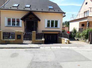 I B A   U   N Á S*** Rodinný dom, Trenčín - lukratívna lokalita